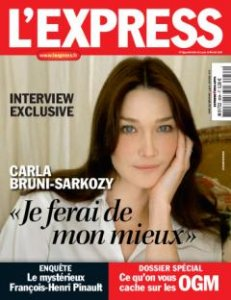 Couverture de l'Express où l'on voit Carla Bruni pensive